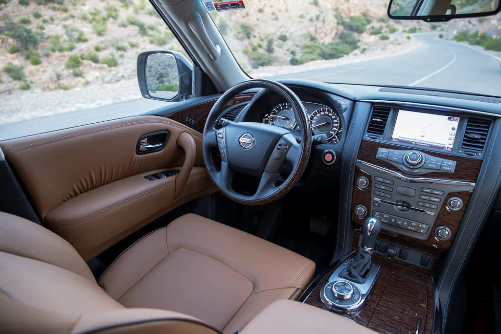 Nissan Patrol V6 2017 Interior