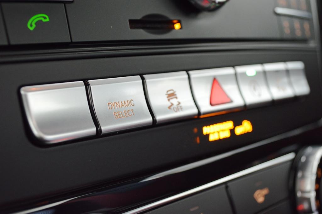 Mercedes SLC300 2017 Interior - 2