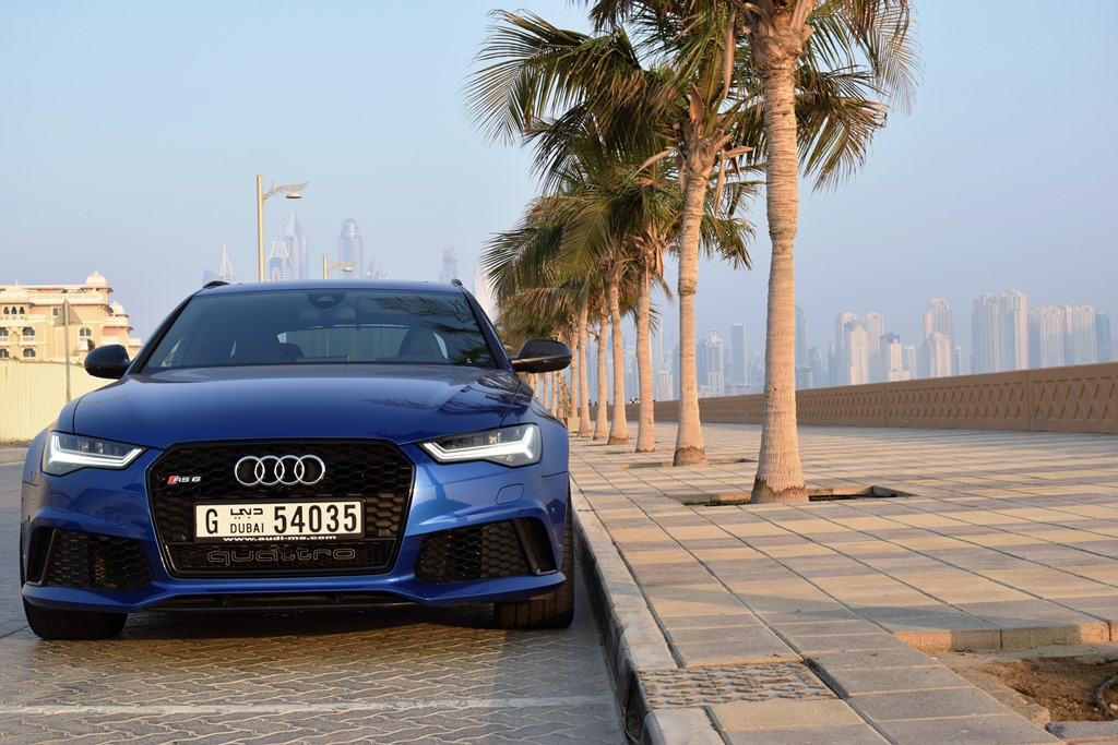 Audi RS6 2017 Front - 2