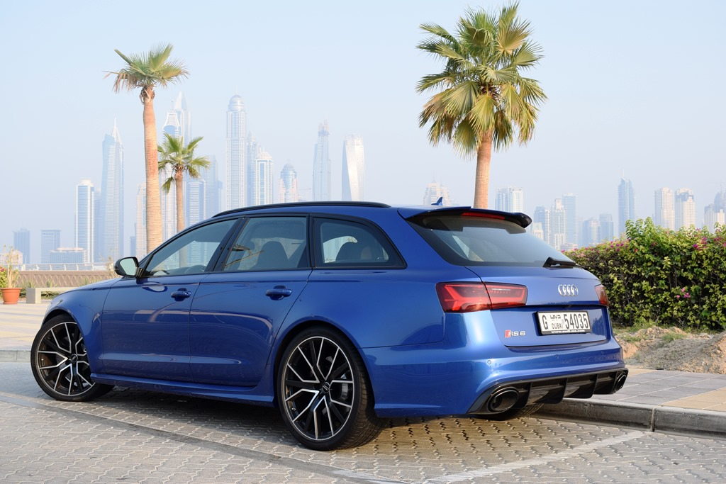Audi RS6 2017 Rear