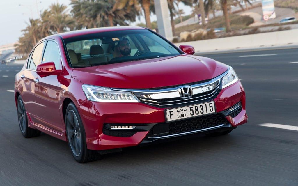 Honda accord 2017 review uae yallamotor for 2017 honda accord prices paid