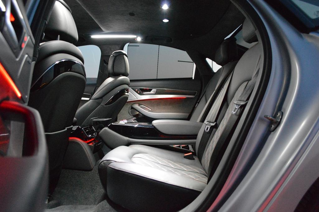2016 Audi S8 Rear Seat