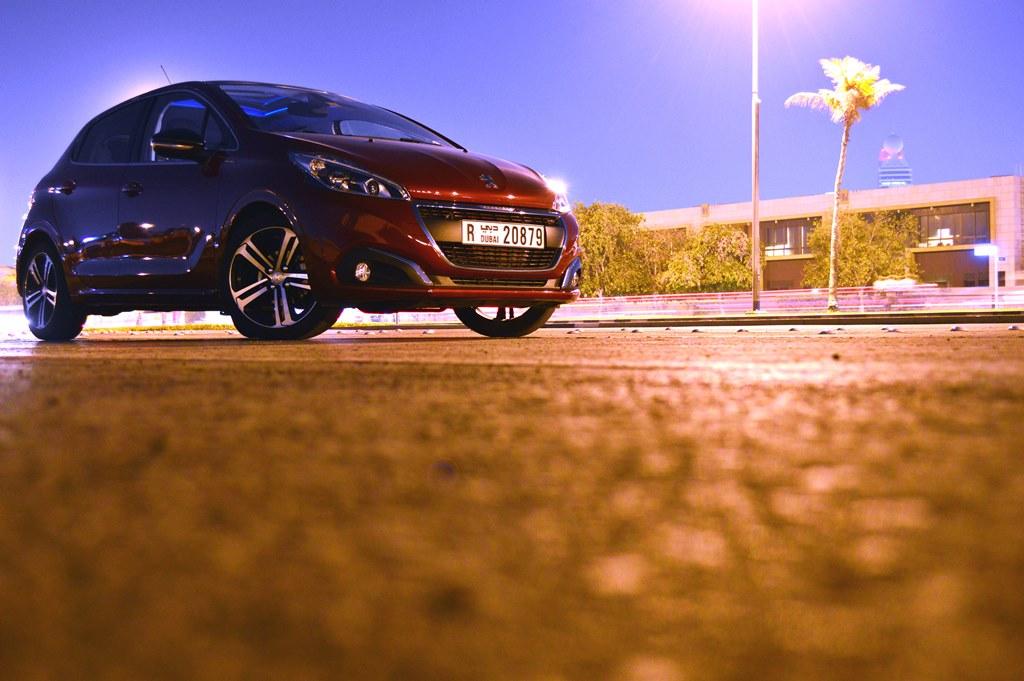 2016 Peugeot 208 Front