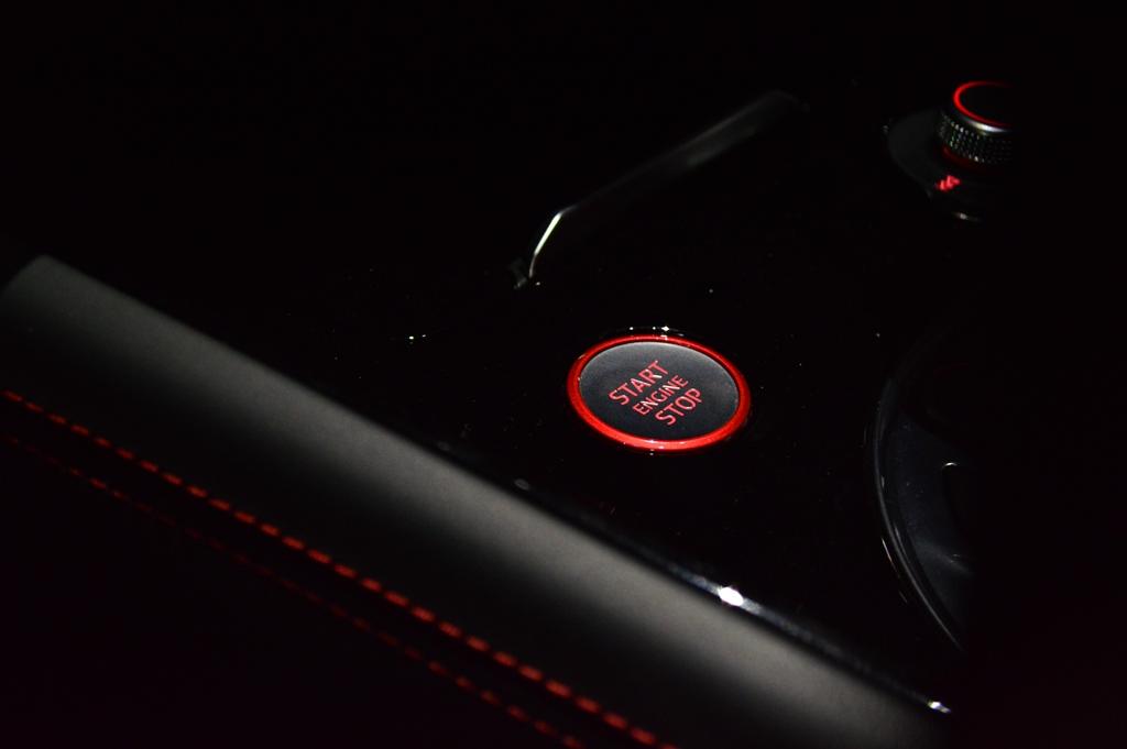 2016 Audi TTS Interior - 3