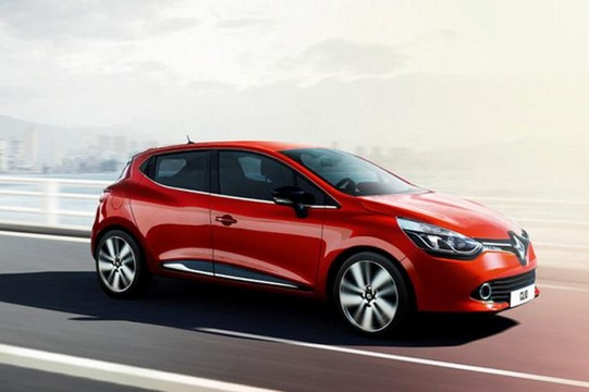 first look: renault clio 2013 | uae - yallamotor