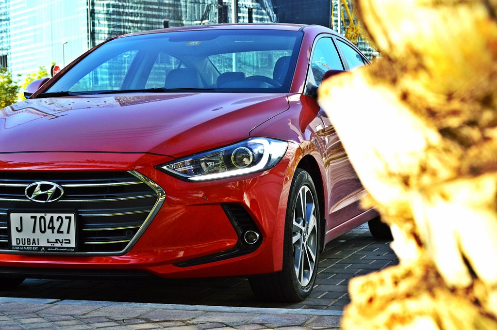 2017 Hyundai Elantra Front - 2