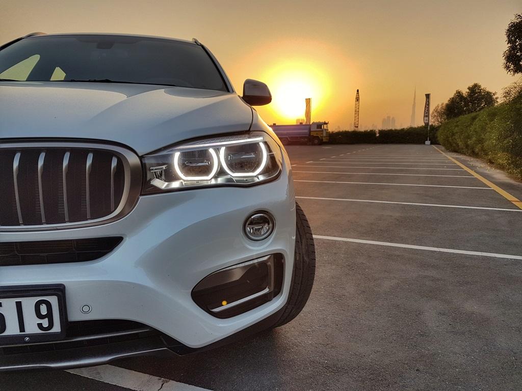 2016 BMW X6 Front - 2