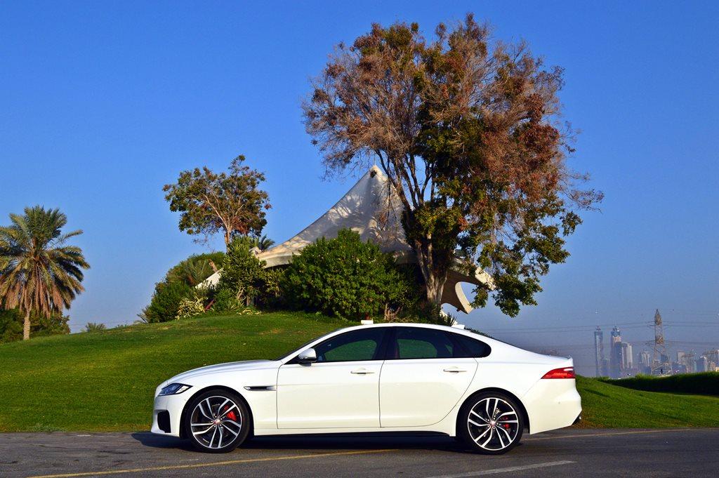 Jaguar XF S 2016 Side