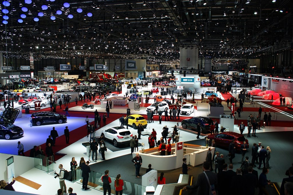 Oman Motor Show 2016