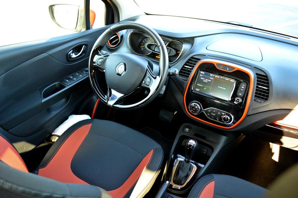 2016 Renault Captur Interior