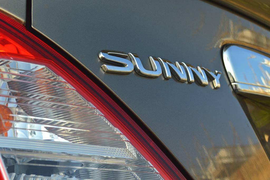Nissan Sunny 2017 Badge