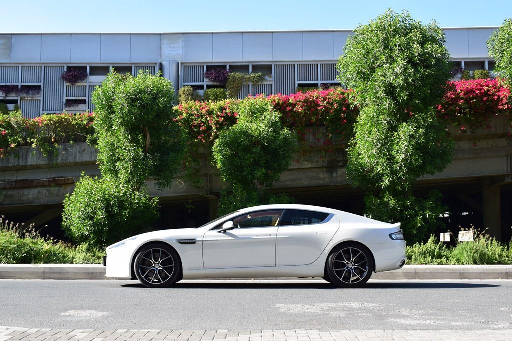 Aston Martin Rapide S 2017 Side