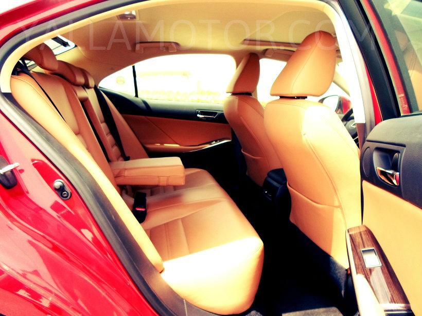 Road Test 2013 2014 Lexus Is 350 Uae Yallamotor
