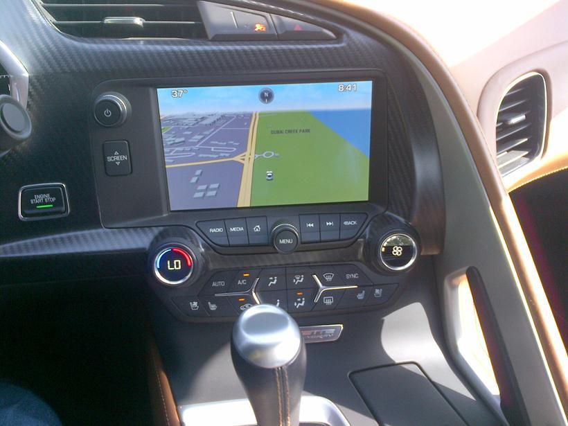 road test review 2015 chevrolet corvette stingray qatar. Black Bedroom Furniture Sets. Home Design Ideas