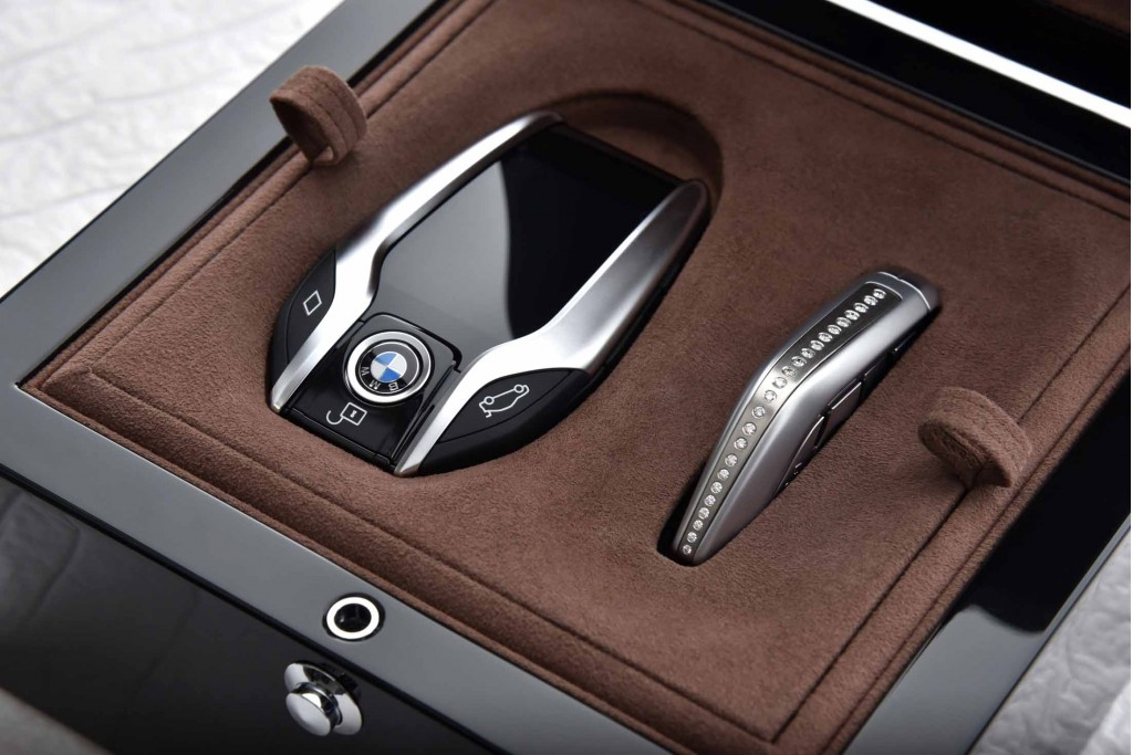 BMW 7 Series Exclusive Editions Debut