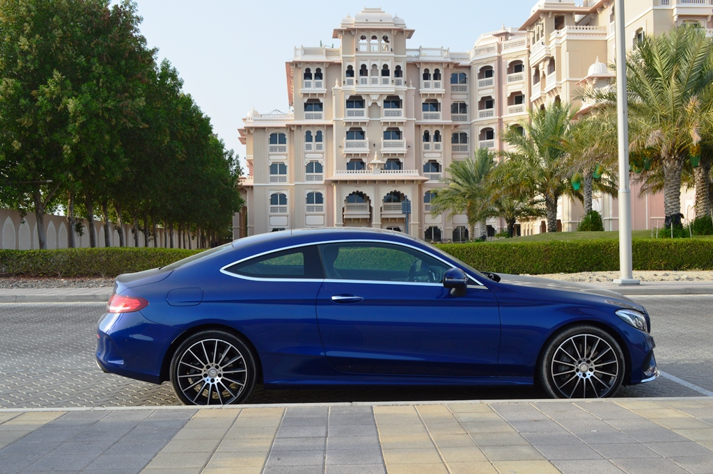 Mercedes benz c300 coupe 2016 review uae yallamotor for Mercedes benz alabama jobs