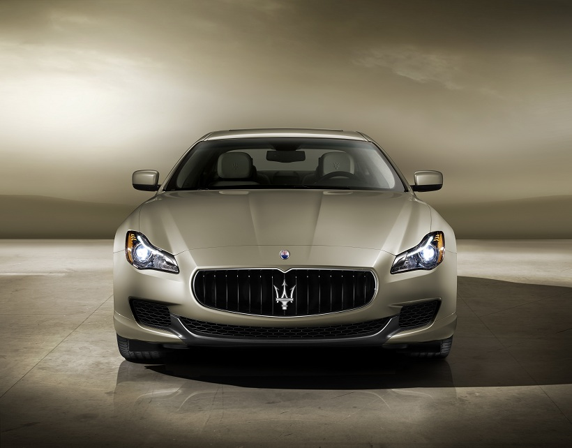 https://ymimg1.b8cdn.com/uploads/article/407/pictures/3173/2013_Maserati_Quattroporte_Front_View.jpg