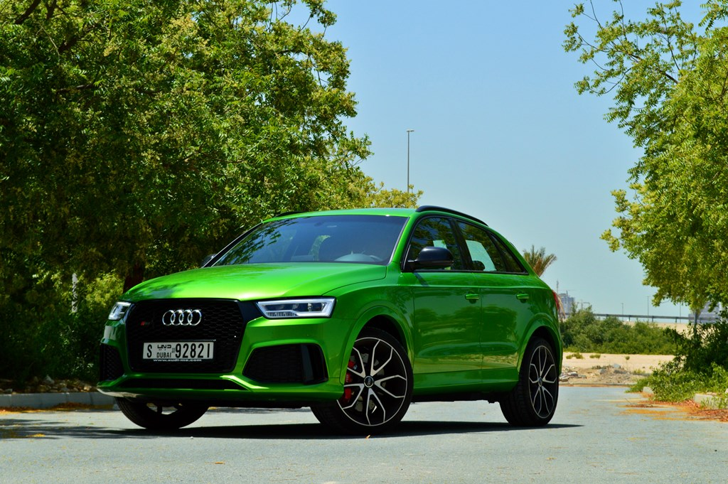 audi rs q3 2017 review bahrain yallamotor. Black Bedroom Furniture Sets. Home Design Ideas