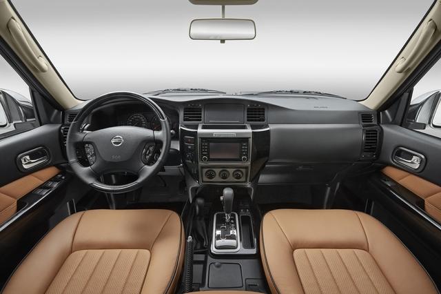 Nissan Patrol Super Safari 3 Door 2017 Interior