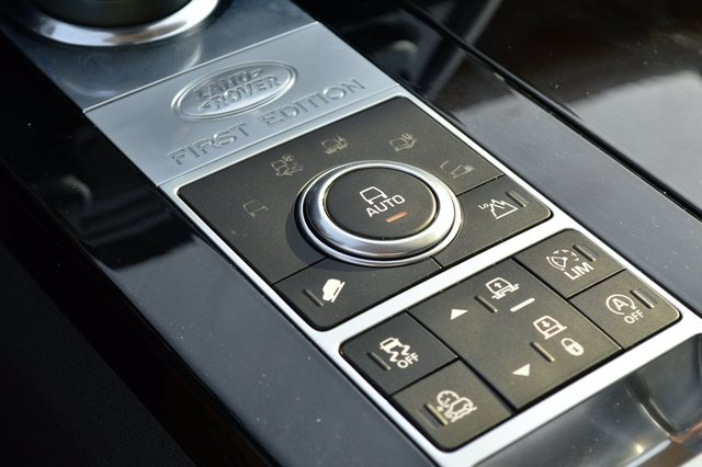 Land Rover Discovery 2017 Controls