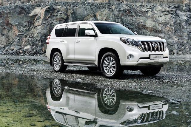 Toyota Land Cruiser Prado 2017 Side
