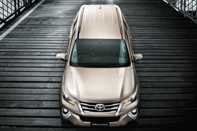 Toyota Fortuner 2017 Top