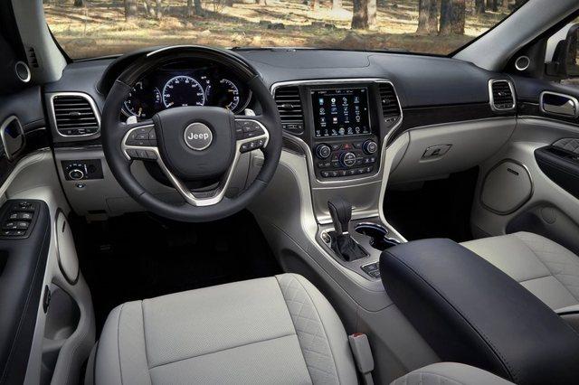 Jeep Grand Cherokee 2017 Interior