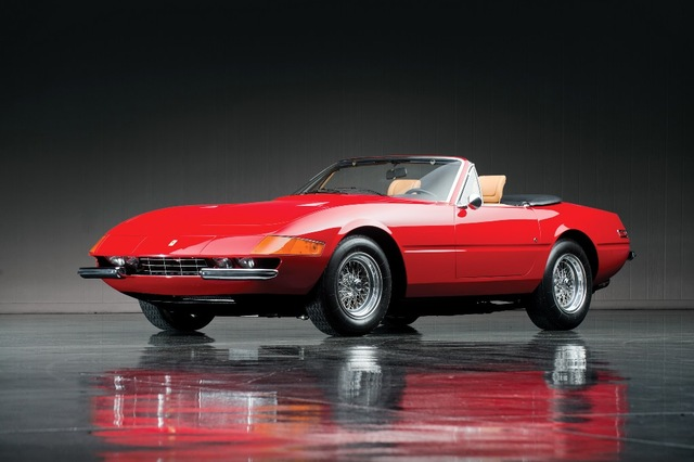 Ferrari Daytona Front
