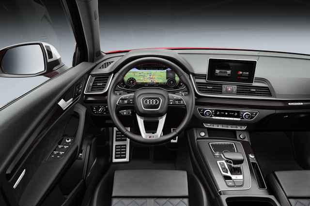 Audi SQ5 2018 interior