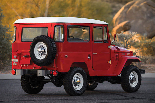 Toyota FJ40 rear side