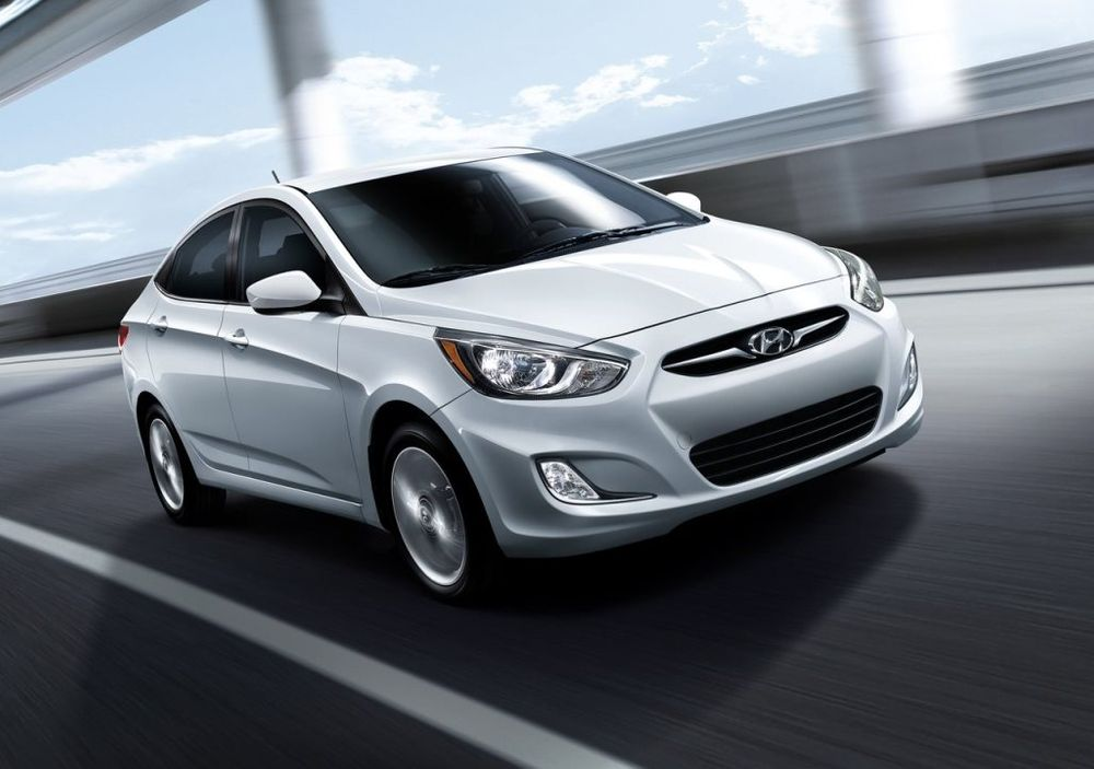 2017 Hyundai Accent vs 2017 Kia Rio Comparison | UAE
