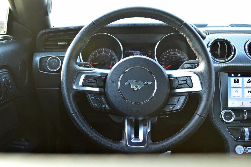 Ford Mustang 2017 interior