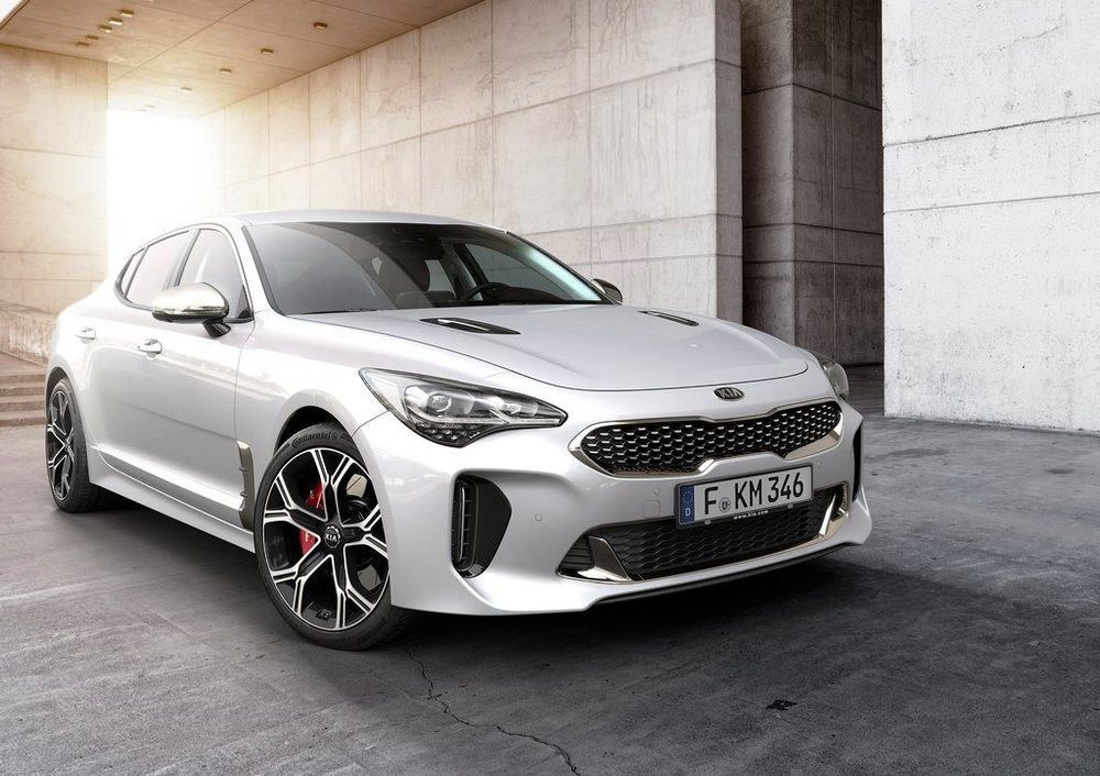 Kia Stinger front right