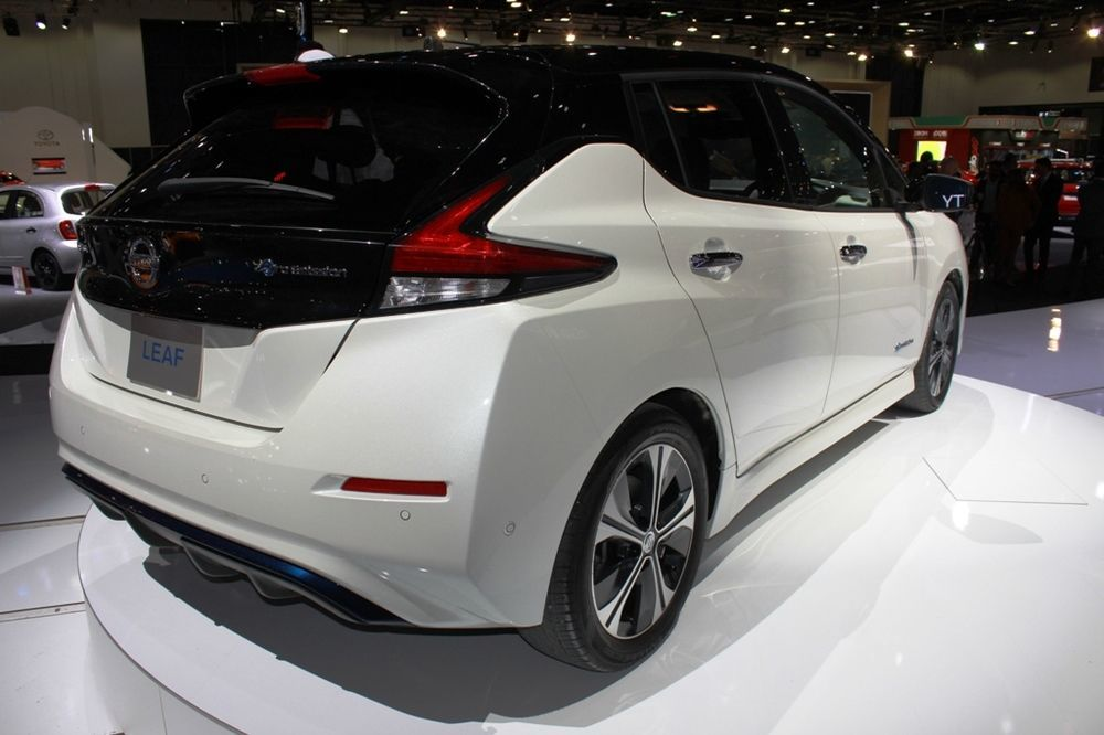Nissan Leaf 2018 rear right side