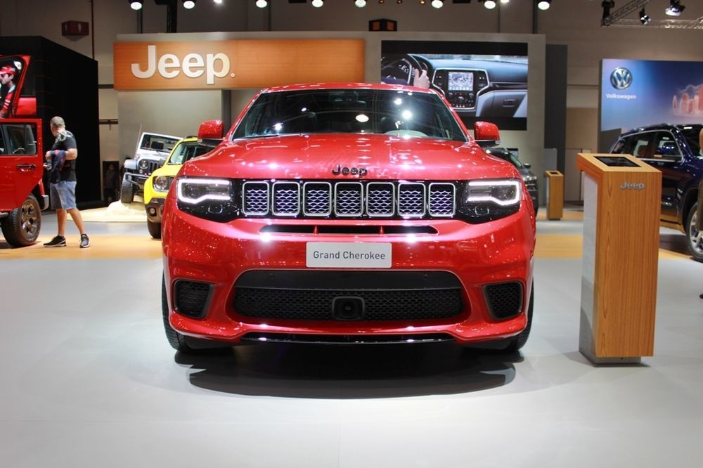Jeep Grand Cherokee Trackhawk 2018 front view