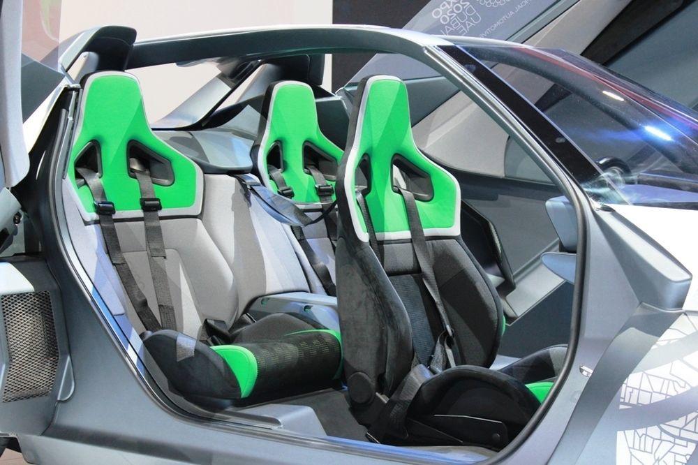 Nissan Bladeglider cabin