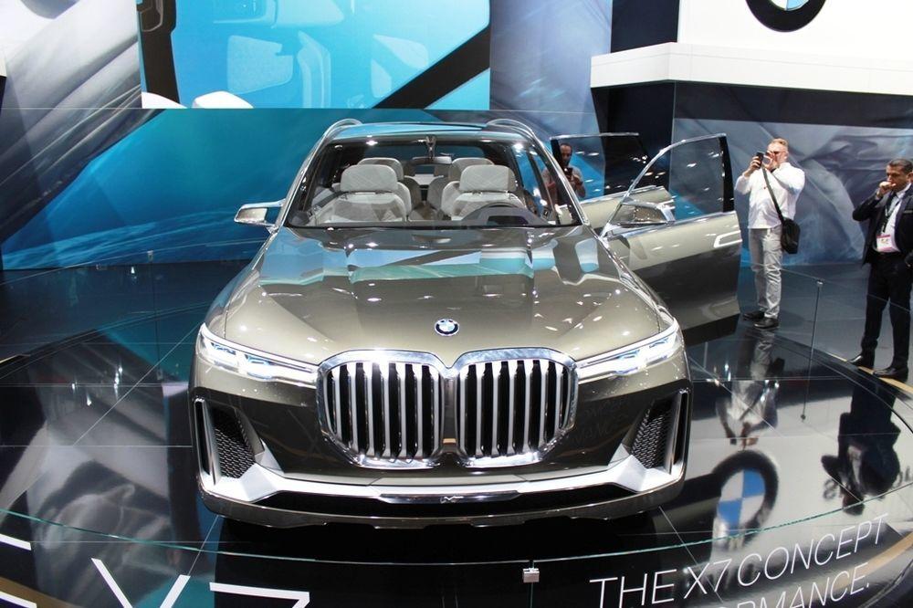 BMW X7 Concept front