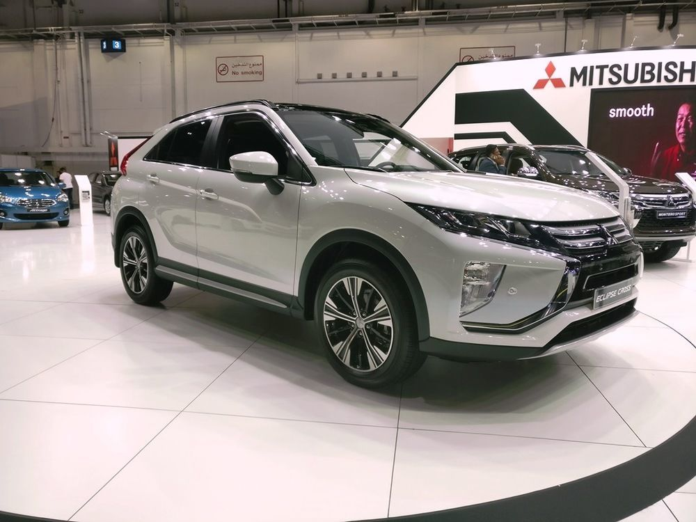 Mitsubishi Eclipse Cross 2018 front right