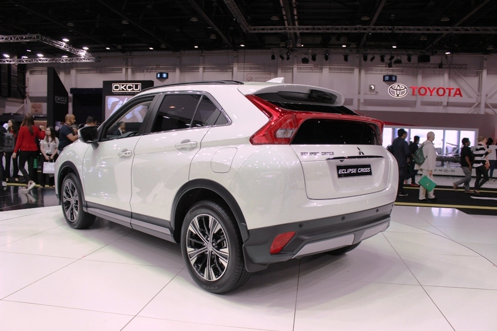 bentley qatar careers with 2018 Mitsubishi Eclipse Cross Revealed At The Dubai Motor Show 4663 on Bentley Continental V8s 2016 Review 3261 besides First Drive  2015 Bmw X6 2445 besides Bentley Flying Spur 2017 Review 4539 as well Sweden Palaces besides 1559571464097955.