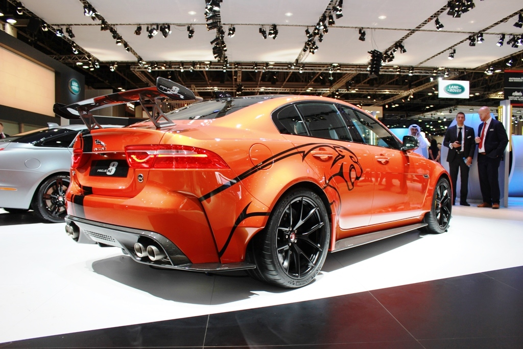 jaguar xe sv project 8 impresses at dubai motor show egypt yallamotor. Black Bedroom Furniture Sets. Home Design Ideas