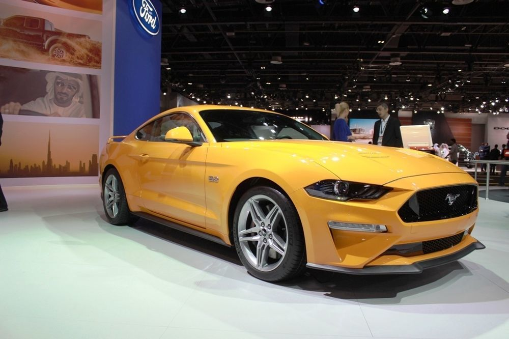 Ford Mustang 2018 front right