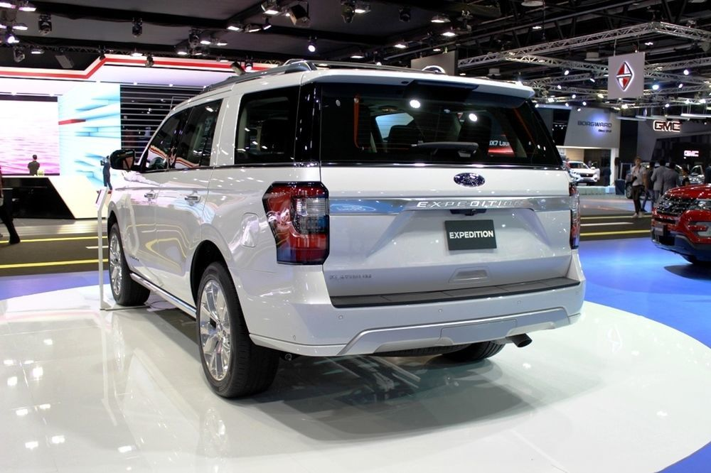 Ford Expedition 2018 rear left