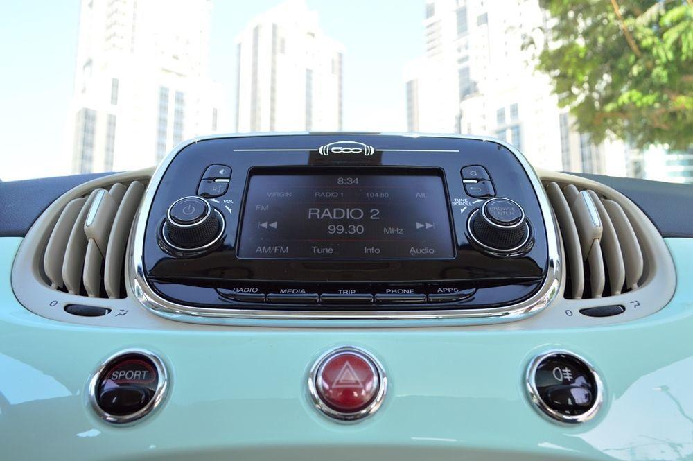 Fiat 500 2017 Dashboard