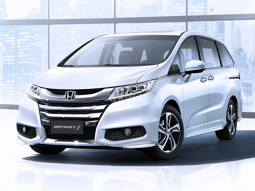 Honda Odyssey J 2018 Front