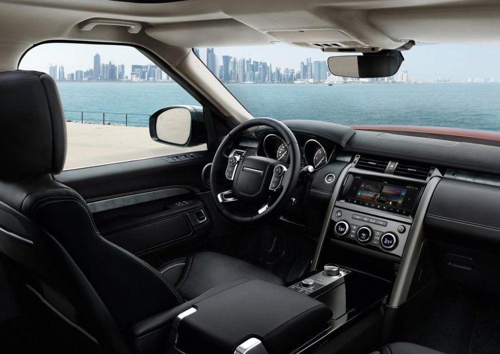 Land Rover Discovery 2018 Interior