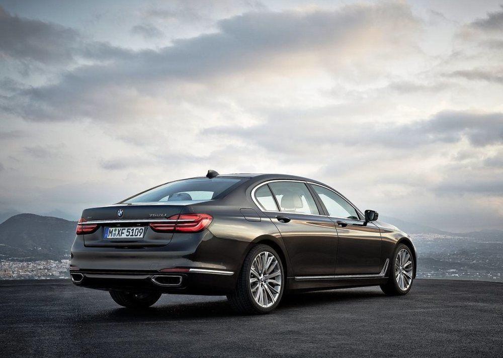 BMW 7 Series 2018 Rear