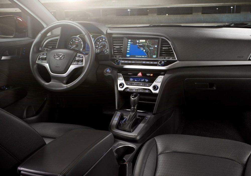 Hyundai Elantra 2018 interior