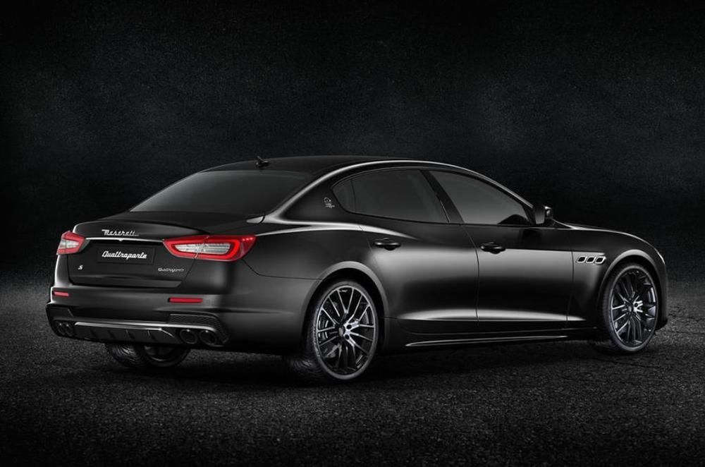 Maserati Quattroporte Nerissimo Rear