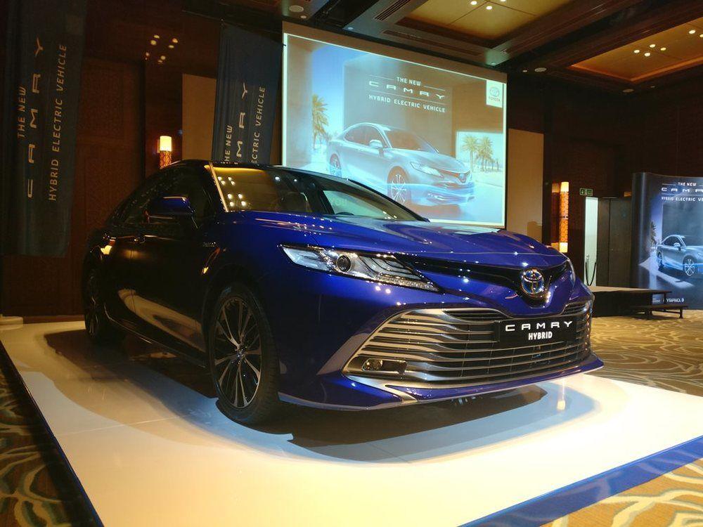 Toyota Camry Hybrid 2018 UAE