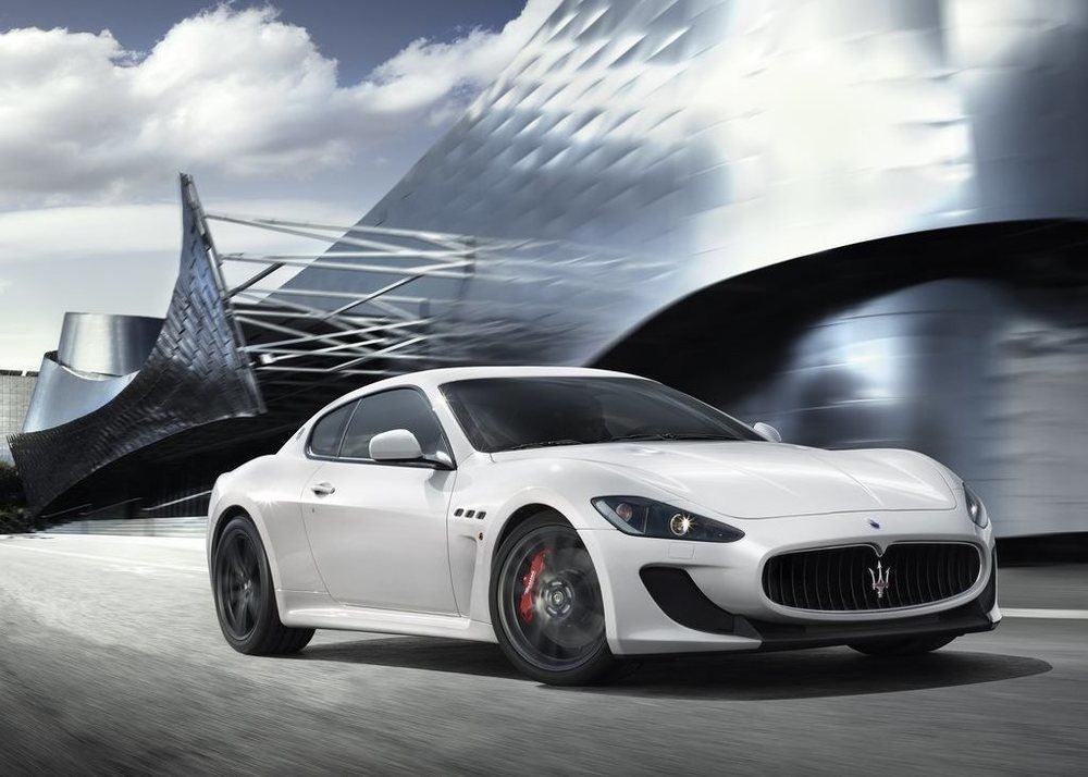 Maserati GranTurismo MC Stradale front right